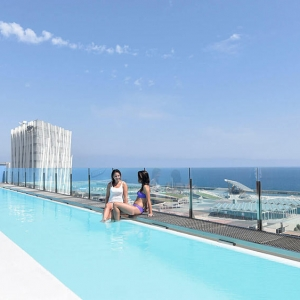 Infinity Pool Hotel Barcelona Princess
